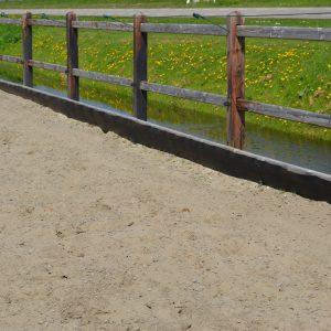 Zandkering voor manegebak of paddock