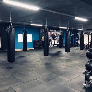 Fitness crossfit tegel vloer in Drunen